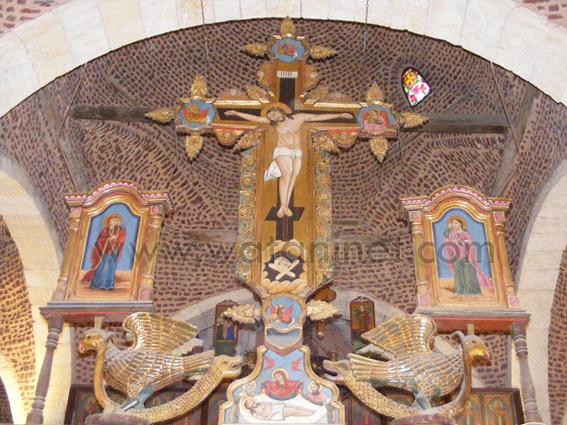 كنيسة السيدة العذراء المغيثة بحارة الروم (1)