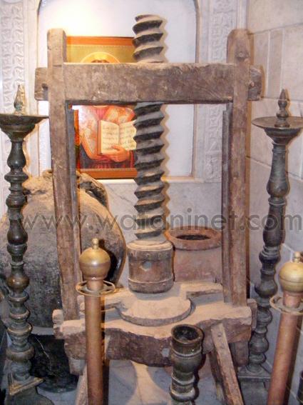 كنيسة السيدة العذراء المغيثة بحارة الروم (18)