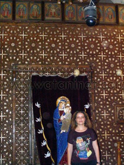 كنيسة السيدة العذراء المغيثة بحارة الروم (44)