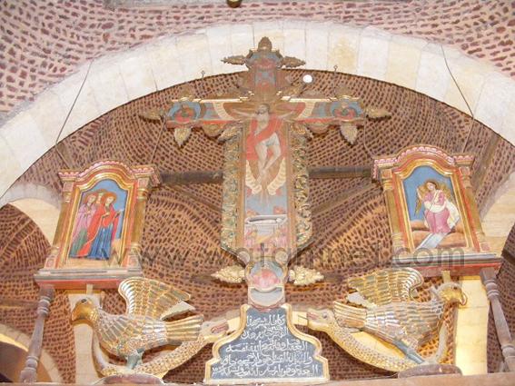 كنيسة السيدة العذراء المغيثة بحارة الروم (9)
