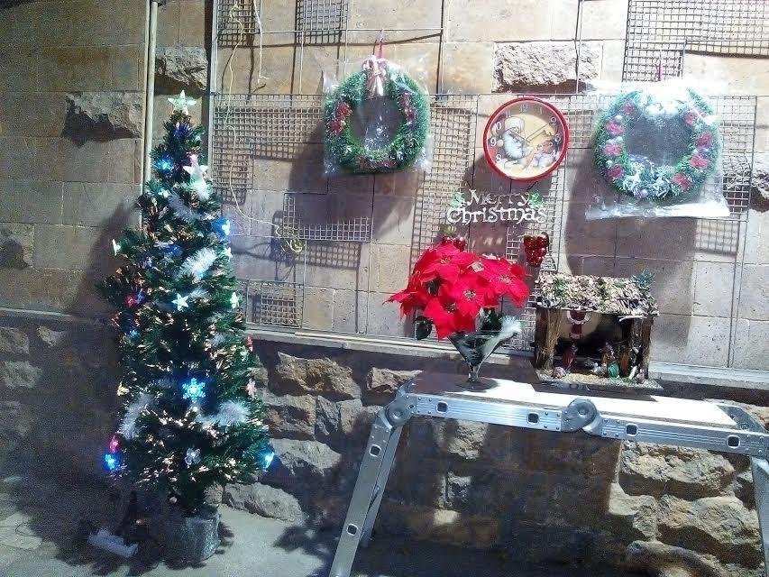 الكريسماس هذا العام . 2