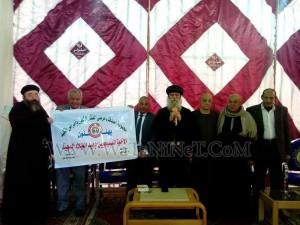 وفود رسمية وشعبية تهنئ الأنبا بيمن بالعيد في قوص7