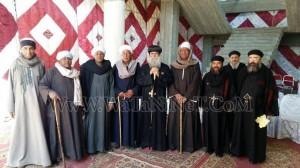 وفود رسمية وشعبية تهنئ الأنبا بيمن بالعيد في قوص9