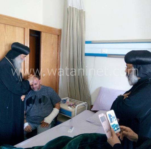 الأنبا رافائيل والأنبا بيمن يزورا مصابي تفجيرات كنيسة مارجرجس بالمعادي العسكري (4)