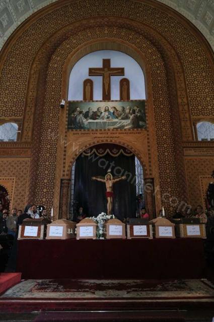 انتهاء صلاة سبعة شهداء للكاتدرائية المرقسية بالإسكندرية(2)