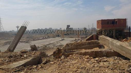 شق الثعبان - مقبرة جماعية - هدم -للعمال (5)