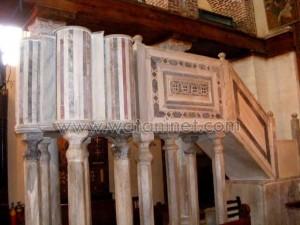 كنيسة القديسة بربارة الاثرية بمصر القديمة3