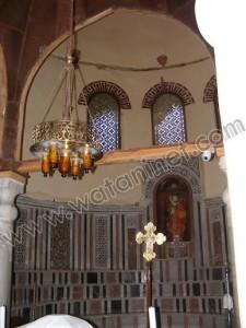 كنيسة القديسة بربارة الاثرية بمصر القديمة6