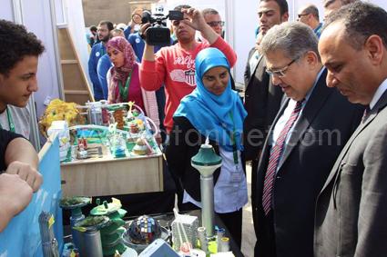 وزير التعليم العالى يفتتح معرض القاهرة الدولي الثالث للابتكار  (3)2)