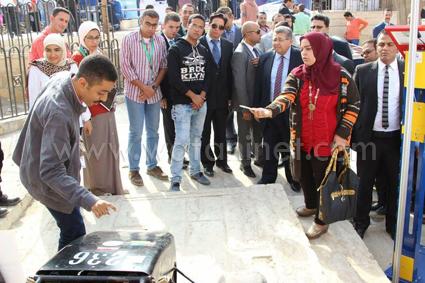 وزير التعليم العالى يفتتح معرض القاهرة الدولي الثالث للابتكار  (3) (4)