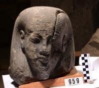 الكشف عن مجموعة جديدة من التماثيل بالأقصر2