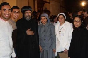 الأنبا ارميا يكرم أمهات الشهداء بالمركز الثقافي1