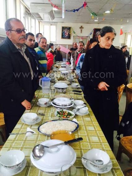 أقباط العريش يصلون القداس الإلهي مع مطران بورسعيد