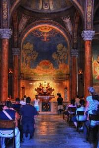 مع المسيح في طريق الآلام في بازيليكا النزاع9
