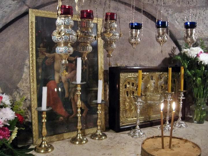 7مع المسيح في طريق الآلام عند قبر العذراء مريم